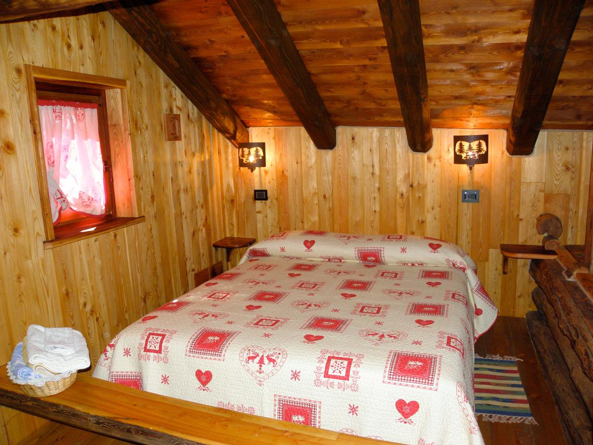 Camera matrimoniale con letto singolo - Rascard d\'Antan - Bed ...