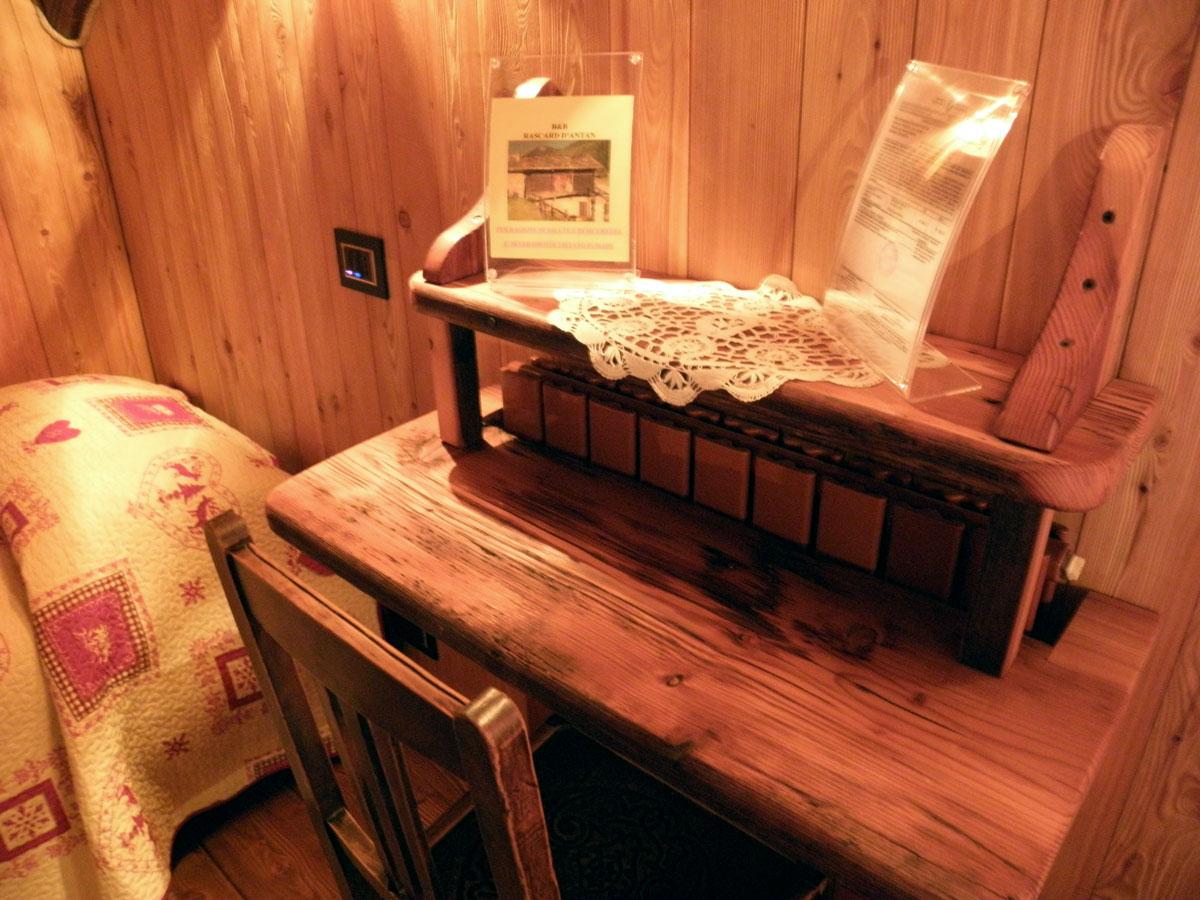 Camera matrimoniale con letto singolo rascard d 39 antan bed breakfast chamois aosta - Camera letto singolo ...